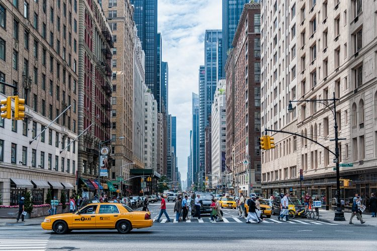 city street scene new york city